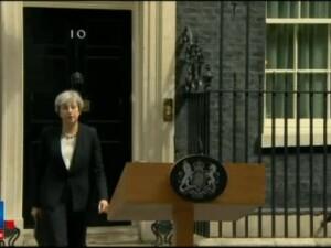 Regina Elisabeta a II-a: Intreaga natiune este socata. Mesajul liderilor lumii pentru victimele exploziei din Manchester
