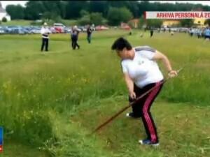 O femeie din Bihor a devenit pentru al treilea an consecutiv campioana Europei de Est, la cosit. Cu cine s-a intrecut Maria