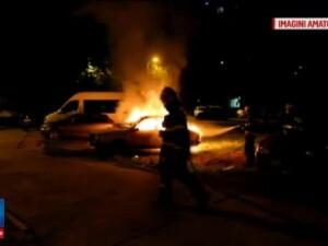 Politistii au arestat un piroman care a incendiat 7 masini in Bucuresti. Omul spune ca voia sa faca curatenie