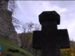 Ce trebuie sa faci pentru a va petrece noaptea de Halloween in castelul Bran. Locul in care o sa dormiti