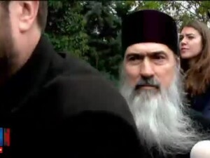 Scandal la sediul Inspectoratului de politie Constanta. Un fost preot catre IPS Teodosie: Trebuie sa raspunzi, ai inteles?