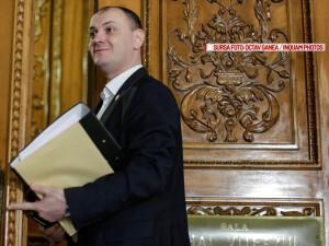 Sebastian GhitaDeputatul Sebastian Ghita s-a prezentat in fata comisiei juridice a Camerei Deputatilor, in Bucuresti, marti 29 martie 2016