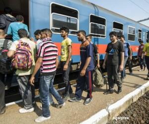 Imigranti in Gara din Budapesta