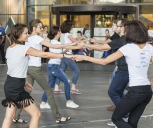 FlashMob-ul International de West Coast Swing va avea loc in aceasta toamna si la Cluj-Napoca