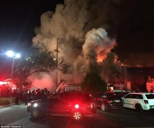 Incendiu depozit California
