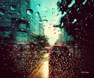 ploaie pe parbriz