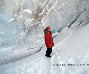 Vladimir Putin, vizita la baza arctica