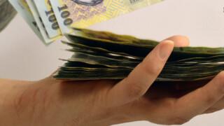 Sindicatele, nemultumite de proiectul privind salariile bugetare. Ciolos: