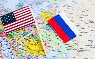 SUA, Rusia - Shutterstock