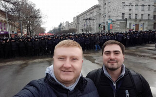 selfie proteste Chisinau