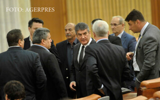 Gabriel Oprea in parlament