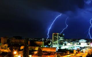 rain thunder