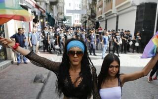 Violente la Marsul Gay Pride din Istanbul - 7