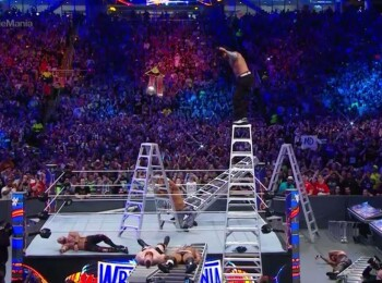 Il mai tii minte pe Jeff Hardy? Tocmai a revenit in WWE si a facut o noua nebunie! Faza care a socat pe toata lumea