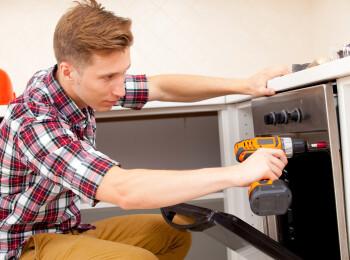 Nu mai depinzi de instalator. Ce sa faci daca vrei sa rezolvi problemele din casa