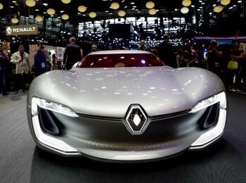 MULTIMEDIA: Renault a prezentat noul Megane Sedan, Clio R.S 16 si electrica ZOE cu autonomie dublata