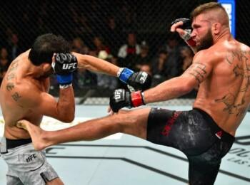 Oamenii s-au speriat cand au vazut imaginea horror! Cum arata piciorul unui luptator din UFC dupa ce a fost distrus in ring