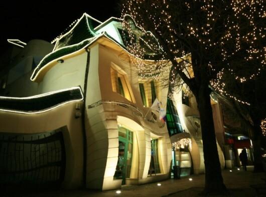 Casa incovoiata