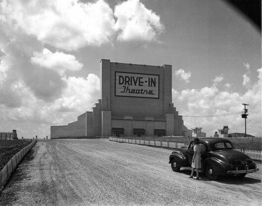 drive in cinema - 6