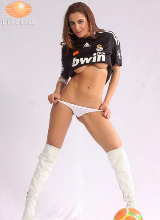 O promisiune e o promisiune. Bomba sexy care s-a dezbracat pentru Ronaldo & Co dupa a 12-a Liga a Campionilor. GALERIE FOTO SEXY
