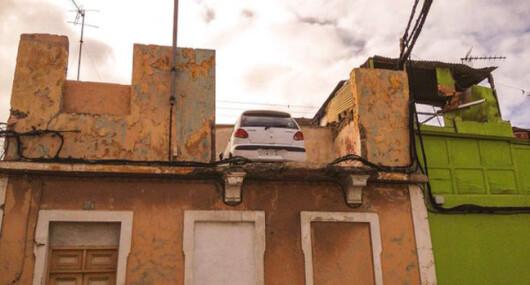 Politistii au ramas fara cuvinte cand au vazut unde fusese parcata o masina: