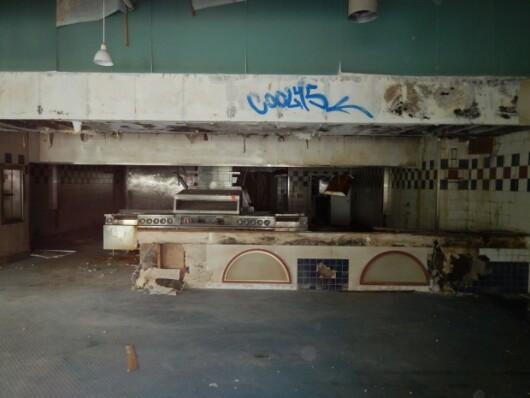 McPontonul din Canada. Ce s-a ales de acest restaurant McDonald's plutitor, vechi de 30 de ani
