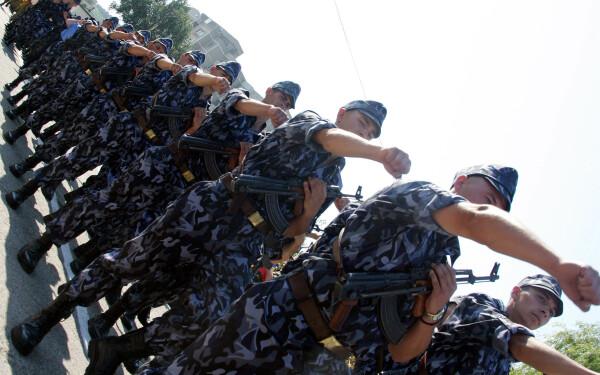 armata desfiintata