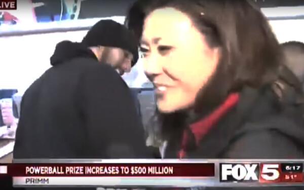 reporter Fox 5 gafa