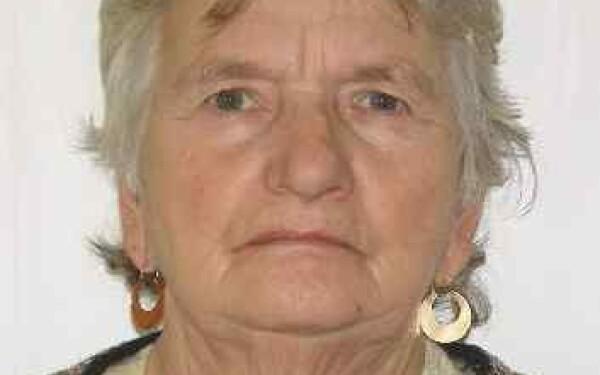 O femeie din judetul Cluj care sufera de Alzheimer a disparut. Cine a vazut-o este rugat sa sune la 112