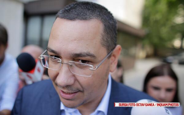 Victor Ponta pleaca de la sediul Inaltei Curti de Casatie si Justitie, in Bucuresti, vineri, 9 septembrie 2016