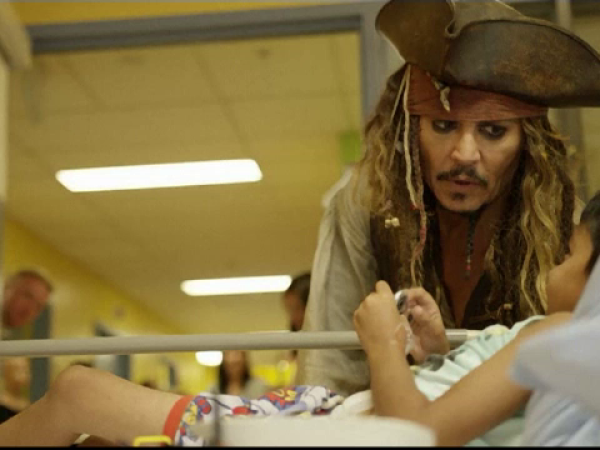 Johnny Depp la spital