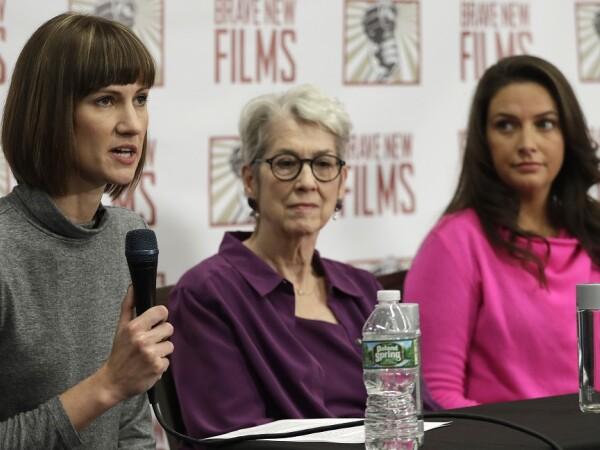 femei care il acuza de hartuire pe Trump
