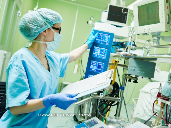 asistenta medicala, iStock