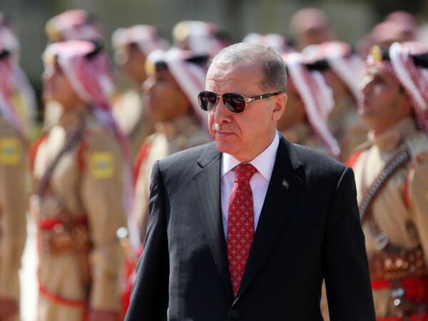 Erdogan in vizita la Amman