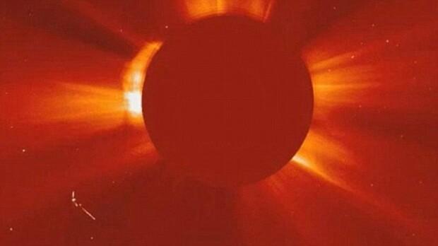 OZN langa Soare