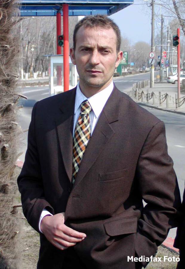 Radu Mazare serios 2001