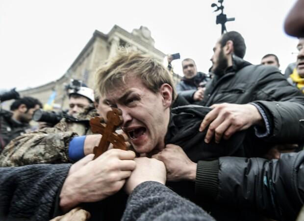 Lunetist, capturat de protestatarii din Euromaidan