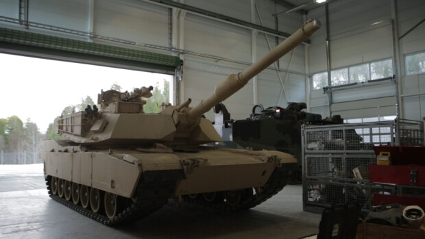 baza americana din Norvegia, tanc