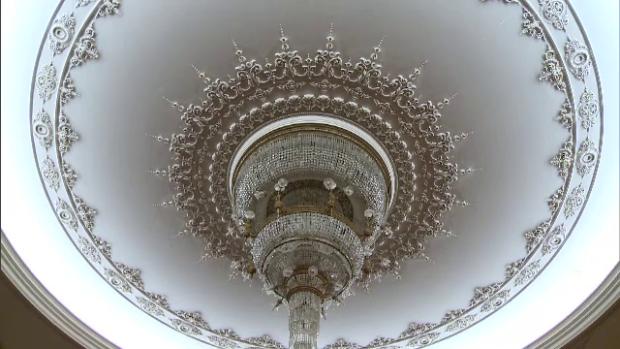 candelabru, Casa Poporului