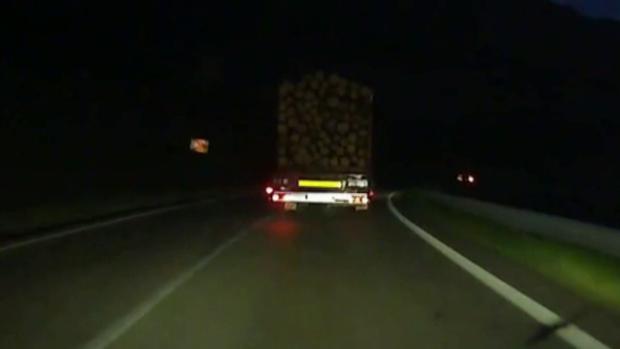 camion lemne