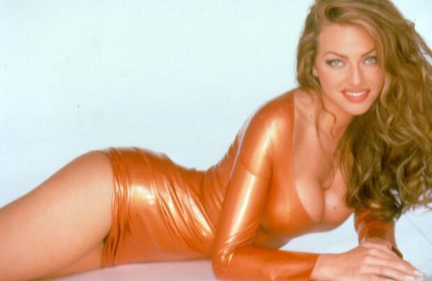 Apologise, Carmen electra jenny mccarthy nude