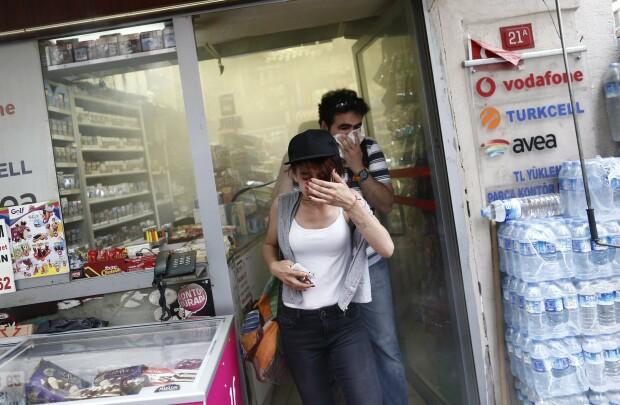 Violente la Marsul Gay Pride din Istanbul - 3