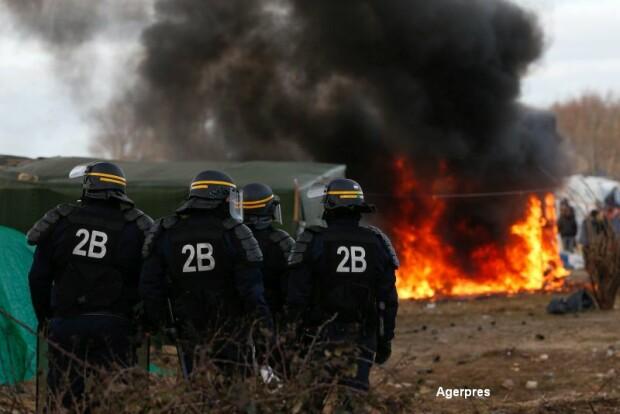 Violente jungla din Calais