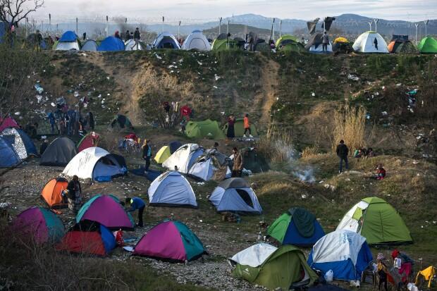 refugiati, granita macedoania - grecia - 4