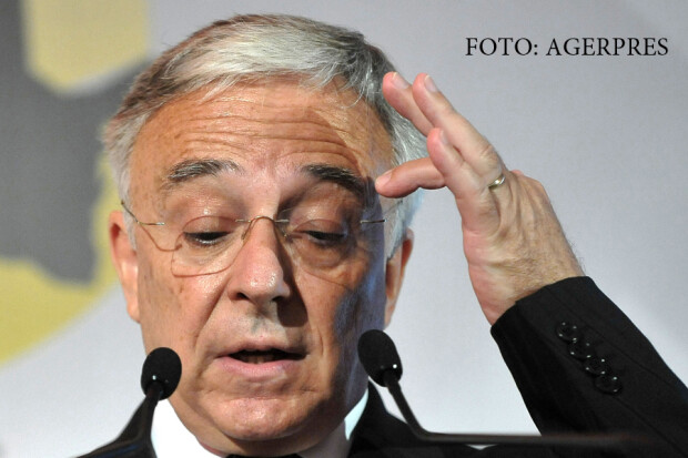 Mugur Isarescu, guvernatorul Bancii Nationale a Romaniei (BNR),