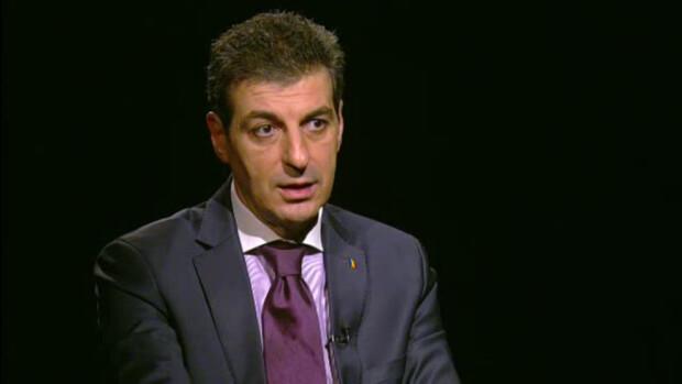 Mihnea Motoc, ministrul Apararii, la