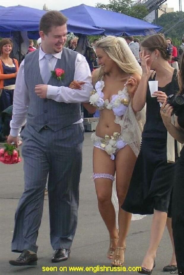 Эротические свадебные платья: дань моде или безвкусица?