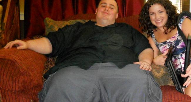 Pare greu de crezut, dar acest barbat este acum antrenor personal. Cum arata dupa ce a slabit 100 de kilograme