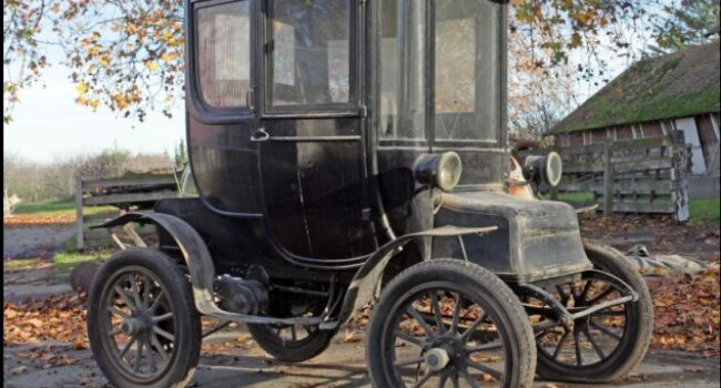1910 Detroit Electric Model D - 5
