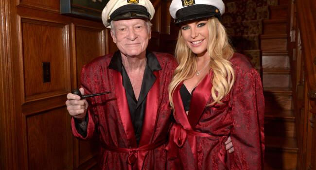 Hugh Hefner a scos la vanzare Playboy Mansion-ul care a vazut atat de multe in ultimele decenii